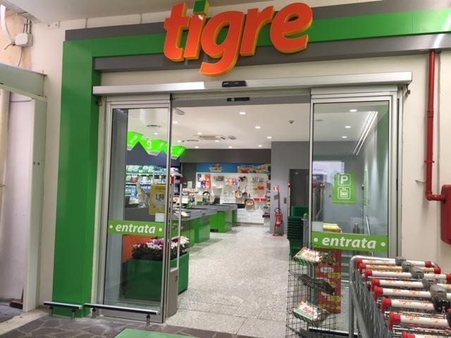 Risultati immagini per supermercati tigre
