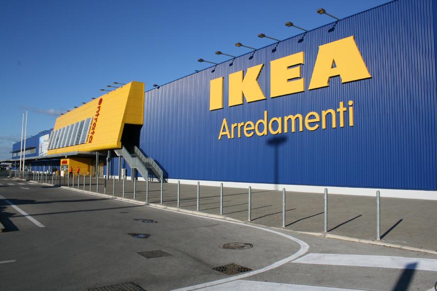 Ikea e decathlon come la coop sconti per chi differenzia for Ikea differenziata