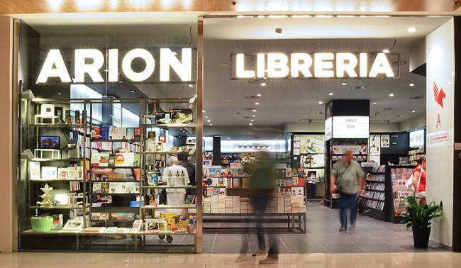 arion acquisita da feltrinelli