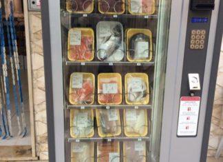 il-primo-distributore-automatico-di-pesce-apre-a-pozzuoli