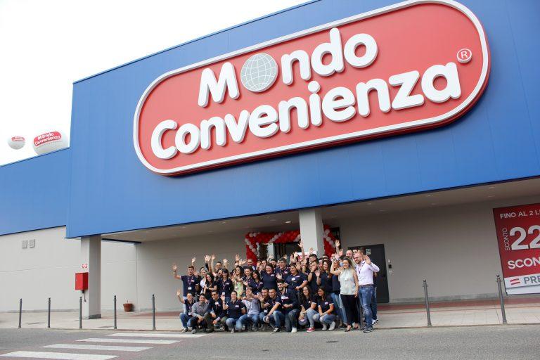 Mondo Convenienza Serravalle.Mondo Convenienza Cambia Casa