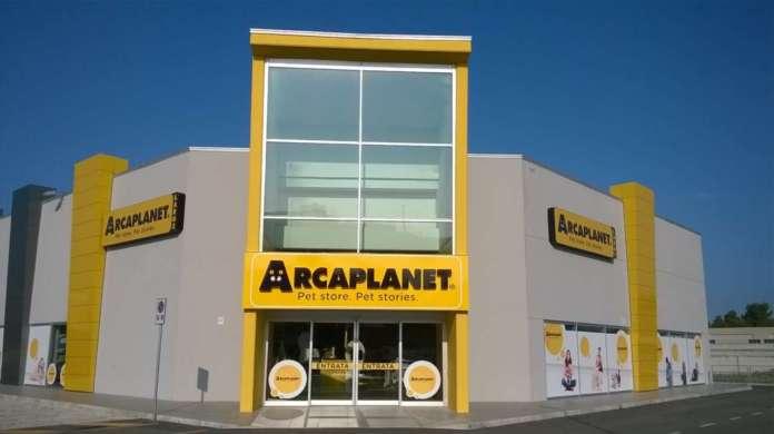 Store Arcaplanet_esterno