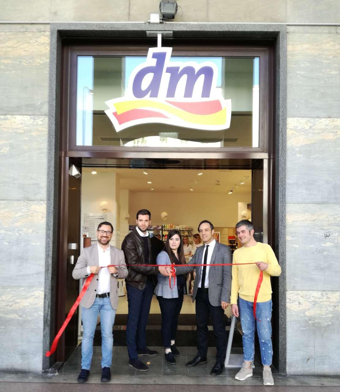 Dm Inaugura Il Secondo Punto Di Vendita A Milano Gdoweek