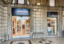 Mondadori Bookstore Cagliari esterno via Roma