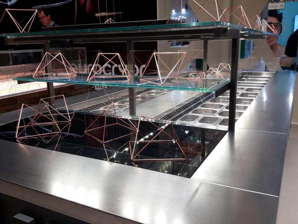 La Saladette Eurocryor, nella testata l'area per i piatti caldi